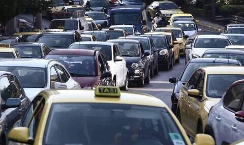 Κίνηση ΤΩΡΑ: Δείτε ποιους δρόμους πρέπει να αποφύγετε