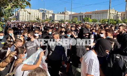 Απεργία ΑΔΕΔΥ: Επεισόδια και μολότοφ στο κέντρο της Αθήνας