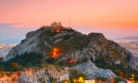 Λυκαβηττός: Μεγάλα μυστικά για τον πιο γνωστό λόφο της Αθήνας