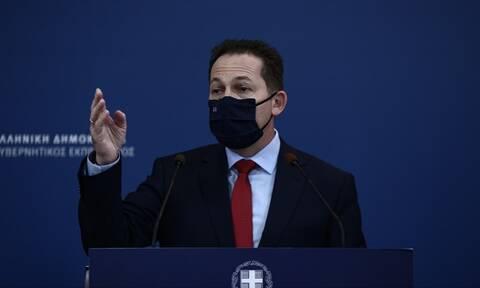 Τι λέει ο Πέτσας στο Newsbomb.gr για το «Nein» του Βερολίνου για κυρώσεις στην Τουρκία