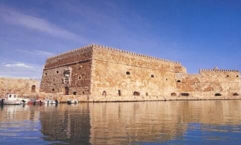 Ηράκλειο: Ο δήμος ανανεώνει την τουριστική εικόνα της πόλης