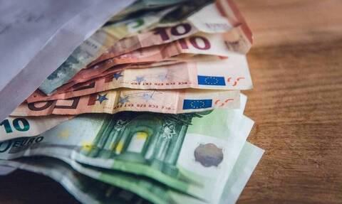 Επιστρεπτέα Προκαταβολή: Πιστώνονται τα ποσά στους λογαριασμούς των πρώτων 42.783 δικαιούχων