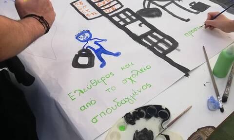 Επίσκεψη Τσιόδρα στις φυλακές ανηλίκων Αυλώνα - Συνομίλησε με μαθητές