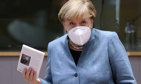 Brexit - Έκκληση για «συμβιβασμό» από Μέρκελ: Μικρή κινητικότητα στη Σύνοδο Κορυφής