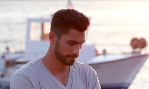 The Bachelor: Ανατροπή στο παιχνίδι – Η αποχώρηση μετά το διπλό ραντεβού (videos)