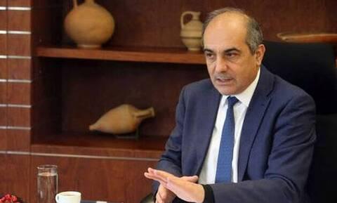 Κύπρος - Υπόθεση «χρυσών» διαβατηρίων: Φεύγει με χιλιάδες ευρώ ο Συλλούρης