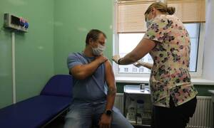 Массовая вакцинация против коронавируса может начаться в последних числах ноября