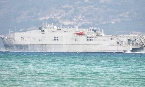 Στη Σούδα το καταμαράν - «θηρίο» του πολεμικού ναυτικού των ΗΠΑ