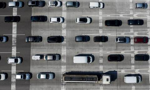 Κίνηση ΤΩΡΑ στην Αθήνα: Ουρές και μεγάλες καθυστερήσεις  - Δείτε ποιους δρόμους πρέπει να αποφύγετε