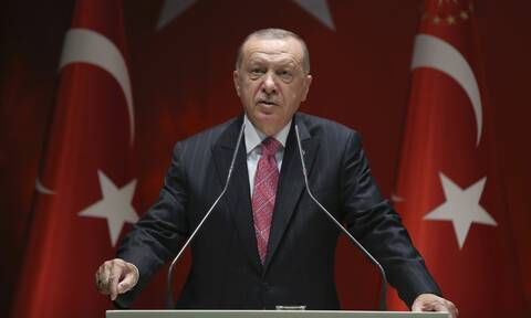 Συρίγος στο Newsbomb.gr: Έκθετος σε πέντε μέτωπα ο καταρρέων Ερντογάν - Οι απέλπιδες κινήσεις του