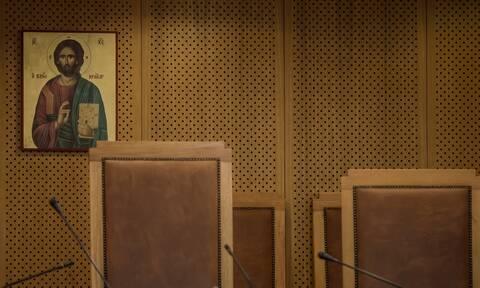 Μάνη: Στο εδώλιο ο 57χρονος ιερέας για ασέλγεια στη 12χρονη