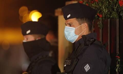Γαλλία: Προφυλακίστηκαν τέσσερα άτομα για τη δολοφονία του καθηγητή