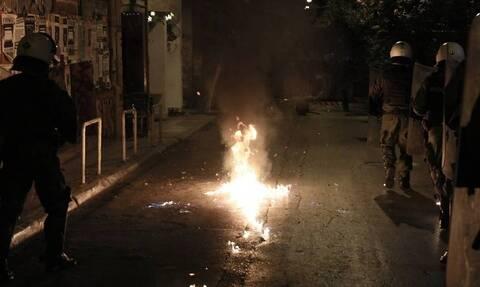 Θεσσαλονίκη: Επίθεση με βόμβες μολότοφ σε διμοιρία των ΜΑΤ