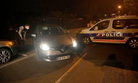 Ο τρόμος επέστρεψε στο Παρίσι: 18χρονος αποκεφάλισε καθηγητή - Ισλαμική τρομοκρατία, λέει ο Μακρόν