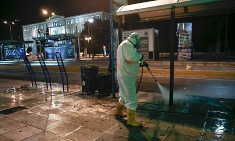 Κορονοϊός: «Δύσκολος ο χειμώνας» - Ανησυχία των επιστημόνων για τα κρούσματα στην Ελλάδα