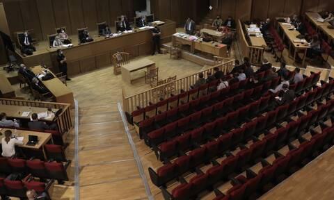 Δίκη Χρυσής Αυγής: Ώρα μηδέν για τις αναστολές - Το αργότερο Τρίτη η τελική ανακοίνωση