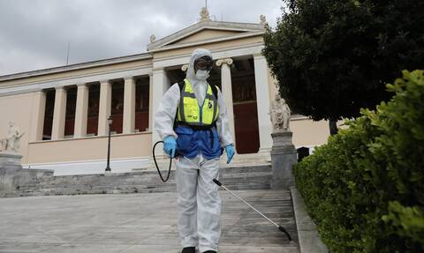 Greece confirms 438 coronavirus cases on Sunday, 9 deaths
