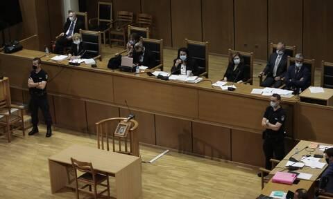 Δίκη Χρυσής Αυγής: Συνεχίζεται σήμερα (19/10) η μάχη των αναστολών