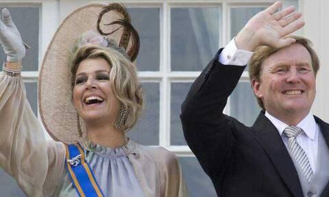 Ολλανδία: Αναστάτωση με το βασιλικό ζεύγος – Διέκοψαν άρον-άρον τις διακοπές τους στην Ελλάδα