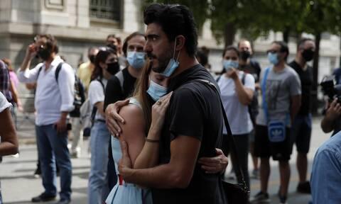 Κορονοϊός: Εξαπλώνεται ραγδαία, όπως και τα πάρτι - Ποιες περιοχές πλησιάζουν το «κόκκινο»