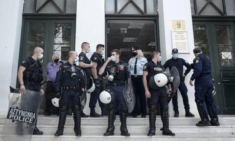 Ελεύθεροι οι μαθητές που συνελήφθησαν στο εκπαιδευτικό συλλαλητήριο