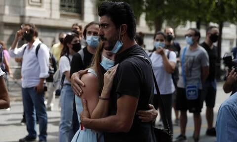 Κορονοϊός - Εφιαλτική πρόβλεψη Σαρηγιάννη: Έως και 2.000 κρούσματα το Δεκέμβριο