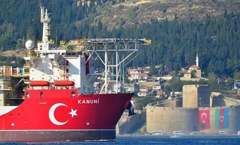 «Έδεσε» στην Κωνσταντινούπολη το Κανουνί – Ετοιμάζεται για Μαύρη Θάλασσα