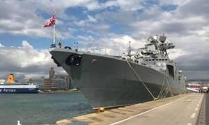 Στο λιμάνι του Πειραιά το τεράστιο ρωσικό πολεμικό πλοίο «Vice Admiral Kulakov»