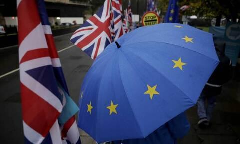 Brexit: Η διαπραγμάτευση «δεν έχει νόημα» χωρίς αλλαγή θέσης της ΕΕ