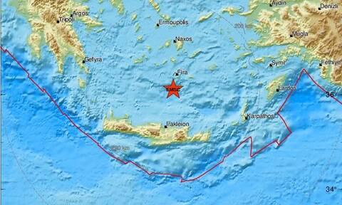 Σεισμός κοντά στη Σαντορίνη (pics)