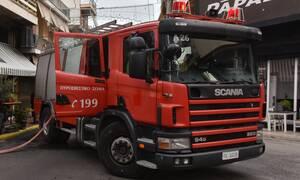 Φωτιά σε κτήριο στα Πατήσια - Συναγερμός στην Πυροσβεστική
