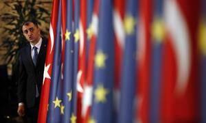Η Ελλάδα ζητά την αναστολή της τελωνειακής σύνδεσης ΕΕ-Τουρκίας