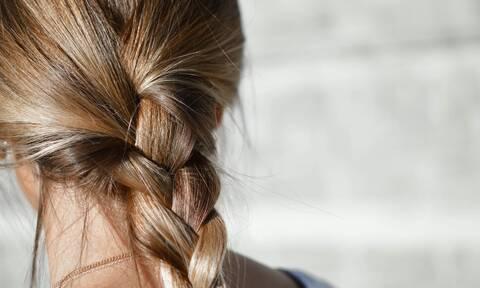 Λοχεία: Γιατί πέφτουν τα μαλλιά σας