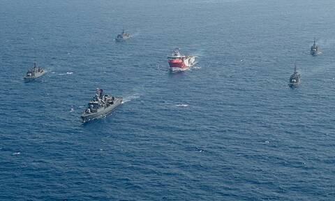 Oruc Reis: «Έσπασε» τα 12 ν.μ. από το Καστελόριζο και απομακρύνεται - Πτήσεις τουρκικών UAV
