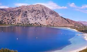 Η ελληνική λίμνη με την απέραντη ομορφιά