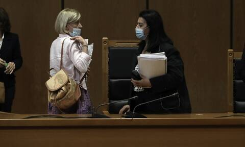Δίκη Χρυσής Αυγής: Πρόεδρος κατά εισαγγελέα - Ο διάλογος και το «άδειασμα» για τις αναστολές