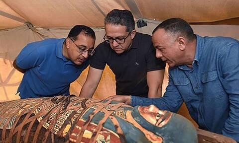 Απίστευτο εύρημα στην Αίγυπτο: Στο «φως» δεκάδες σφραγισμένες σαρκοφάγοι!