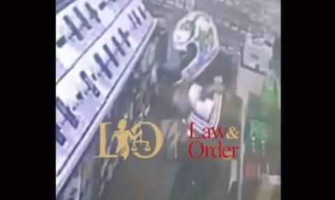 Καρέ-καρέ η ένοπλη ληστεία σε κατάστημα ηλεκτρικών ειδών