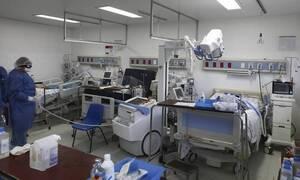 Κορονοϊός: Συγκλονίζει 40χρονος ασθενής - «Είδα το άσπρο φως, αυτό που λένε όταν πεθαίνεις»