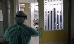 Κορονοϊός: Νέα μέτρα φέρνει το ρεκόρ κρουσμάτων - Οι επίφοβες περιοχές για lockdown