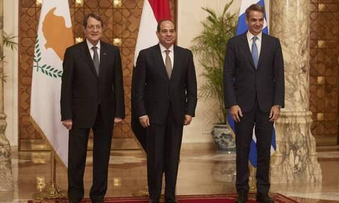 Στη Λευκωσία ο πρωθυπουργός για τις εργασίες της τριμερούς Ελλάδας - Κύπρου - Αιγύπτου