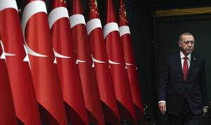 Οι Τούρκοι δεν έχουν να αγοράσουν ψωμί και ο Ερντογάν ξοδεύει εκατομμύρια για το παλάτι του