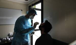 Κορονοϊός - Συναγερμός στα Ψαχνά: 18 κρούσματα σε εργοστάσιο