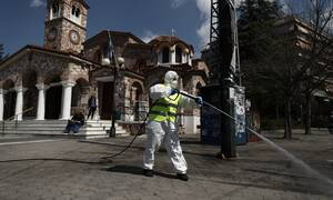 Κορονοϊός: Ένα βήμα πιο κοντά στο νυχτερινό lockdown - Σε ποιες περιοχές έρχονται νέα μέτρα