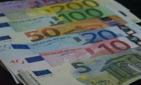 ΟΑΕΔ: «Αγγίζει» τα 1000 ευρώ το εποχικό επίδομα - Δείτε ποιοι μπορούν το πάρουν