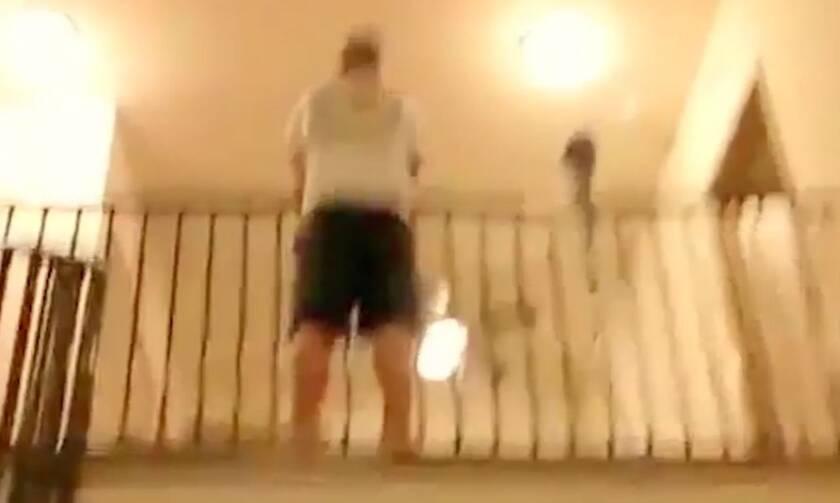 Απίστευτο fail σε «βουτιά» από μπαλκόνι (vid)