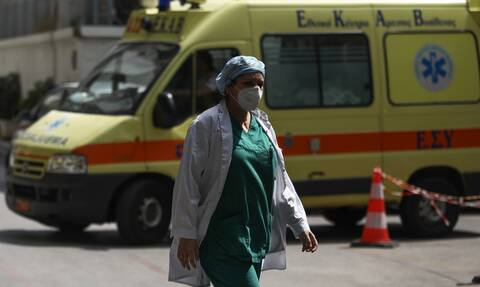 Κορονοϊός: Τρεις νεκροί μέσα σε λίγες ώρες στην Ελλάδα