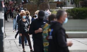 Κορονοϊός - Δραματική προειδοποίηση: Χριστούγεννα με 2.000 κρούσματα την ημέρα εάν δεν πάρουμε μέτρα