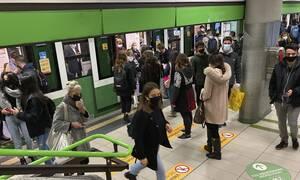 Κορονοϊός: Τα κρούσματα αυξάνονται, η Ευρώπη θωρακίζεται με νέα μέτρα