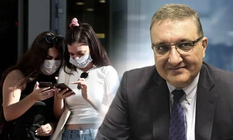 Εξαδάχτυλος στο Newsbomb.gr: Είμαστε πολύ κοντά σε υποχρεωτική χρήση μάσκας σε εξωτερικούς χώρους